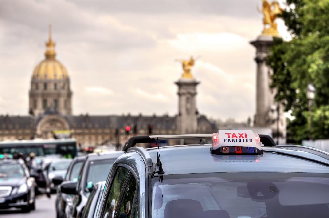 Comparaison et avantage des services liberty trans avec g7 for Garage des taxis g7