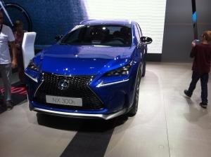 Lexus NX 300 h