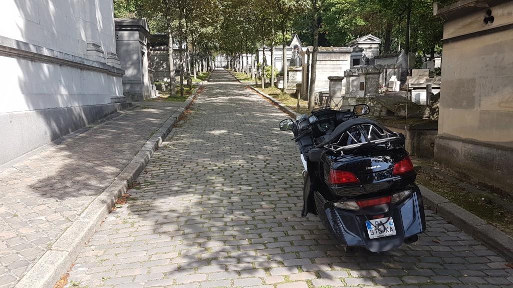 Moto taxi Cimetiere du Pere Lachaise 75020 Paris