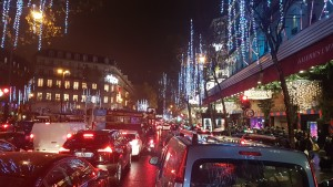 Shopping en taxi moto ou VTC Boulevard Haussmann 75009 Paris