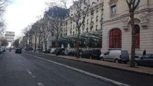 Liberty VTC moto taxi Avenue Kleber 75116 Paris