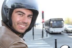 Chauffeur mototaxi